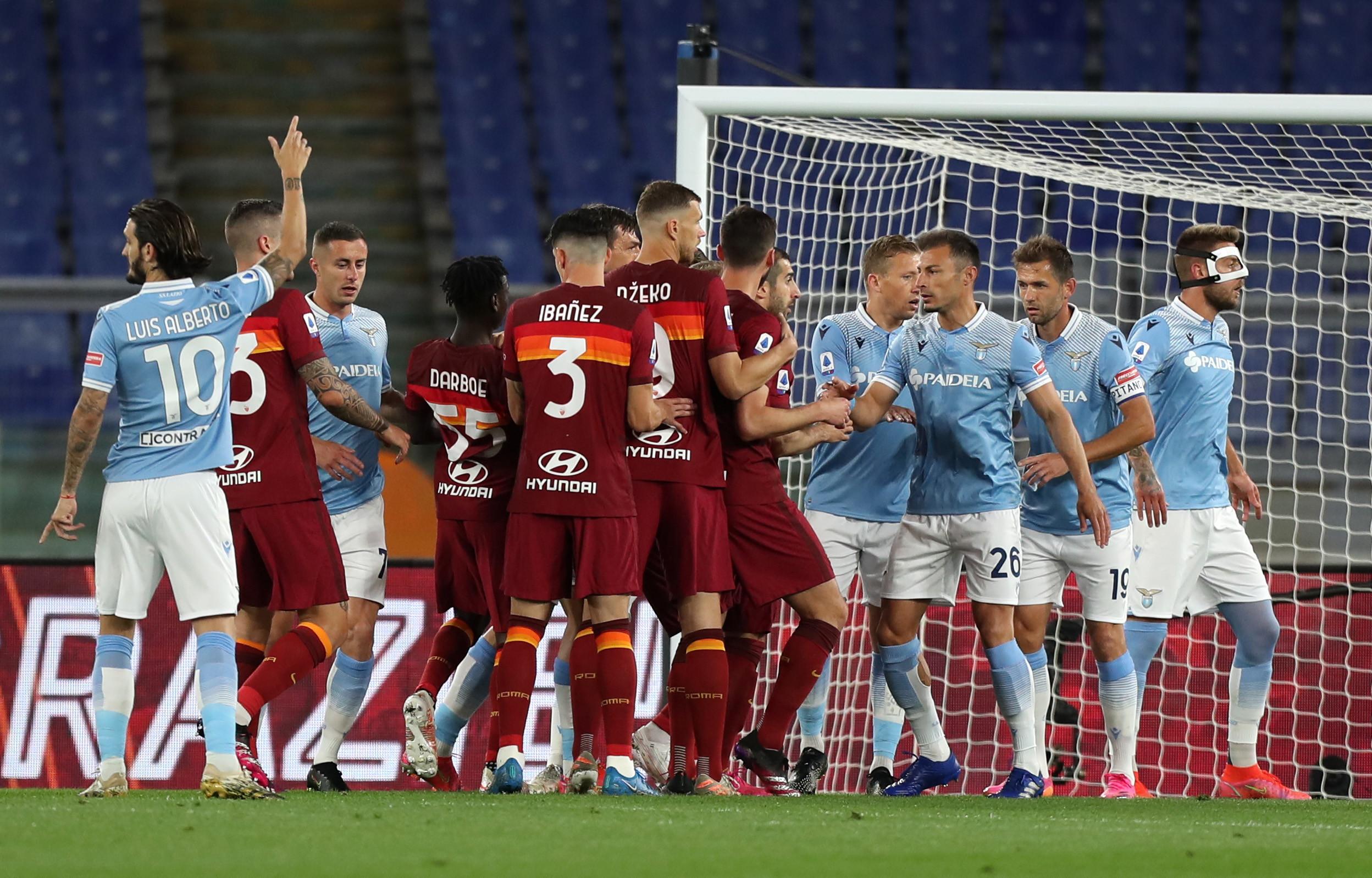 Le migliori foto del derby della Capitale Roma-Lazio 2-0.<br /><br />
