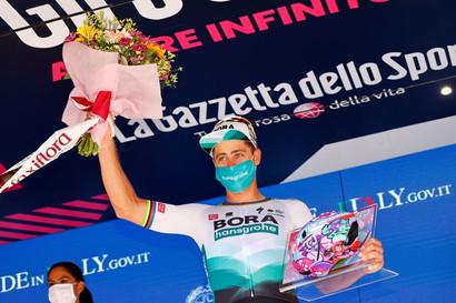 <p>Seconda vittoria al Giro per lo slovacco. Sono invece 18 le vittorie complessive nei Grandi Giri ed è al terzo posto tra i corridori in attività, dietro a Mark Cavendish (48) e André Greipel (22).</p>