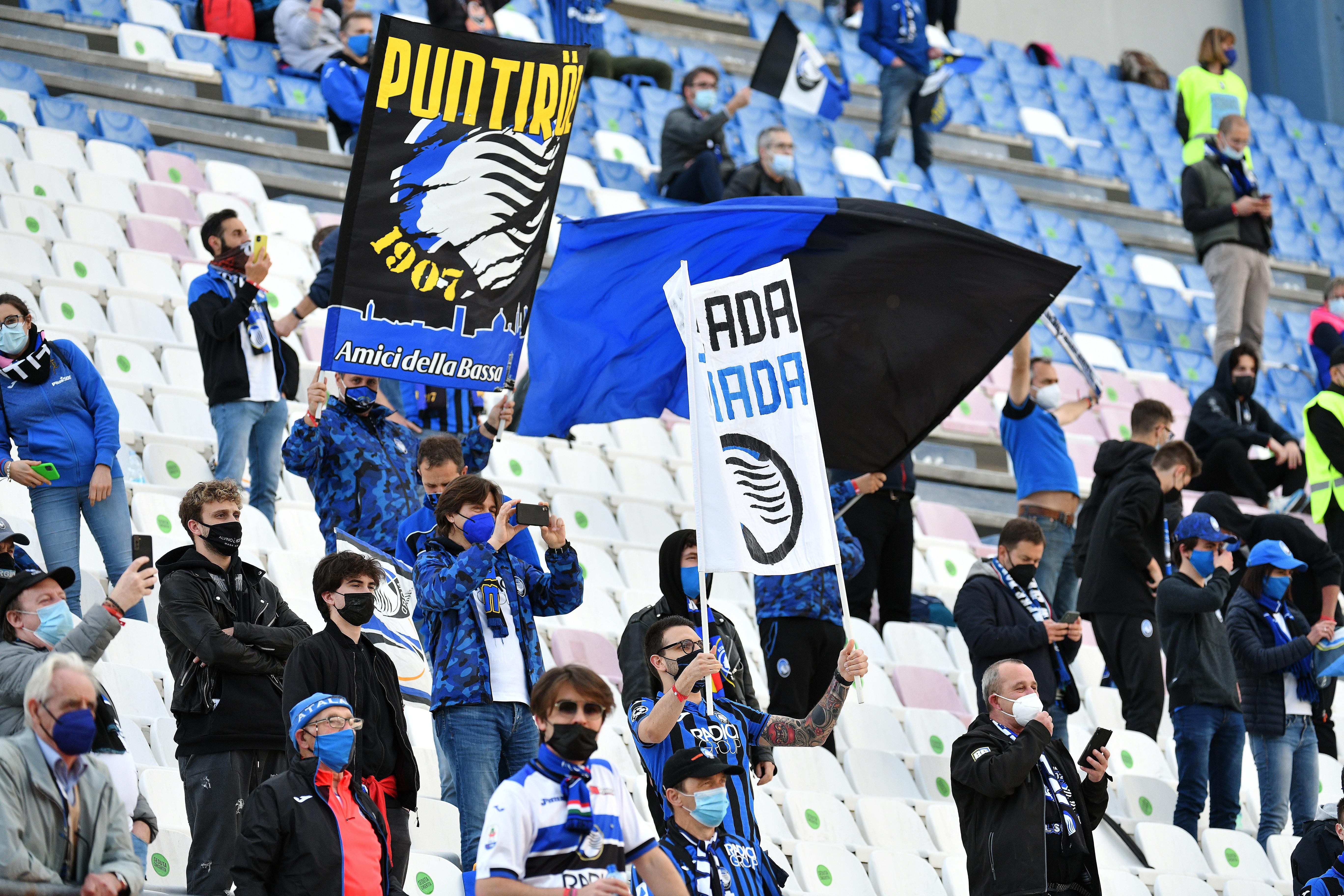 Il grande ritorno del pubblico. Sono 4.300 gli spettatori al Mapei Stadium&nbsp;di Reggio Emilia&nbsp;(pari al 20% della capienza) per la finale di Coppa Italia fra Atalanta e Juventus. Si tratta&nbsp;della prima partita di calcio in Italia che prevede la presenza dei tifosi dopo il lockdown&nbsp;per l&rsquo;emergenza Covid.<br /><br />