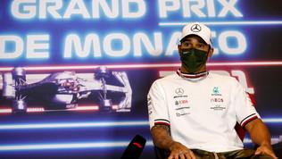 """Hamilton stupito dalla Ferrari, Verstappen: """"Siamo lenti"""""""