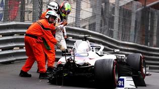 Schumi jr distrugge la Haas, addio qualifiche