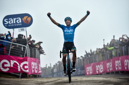 <p>Fortunato vince sullo Zoncolan: per il bolognese è la prima vittoria al Giro.</p>