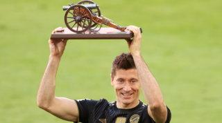 Lewa nella storia della Bundes: 41 gol, battuto il record di Müller