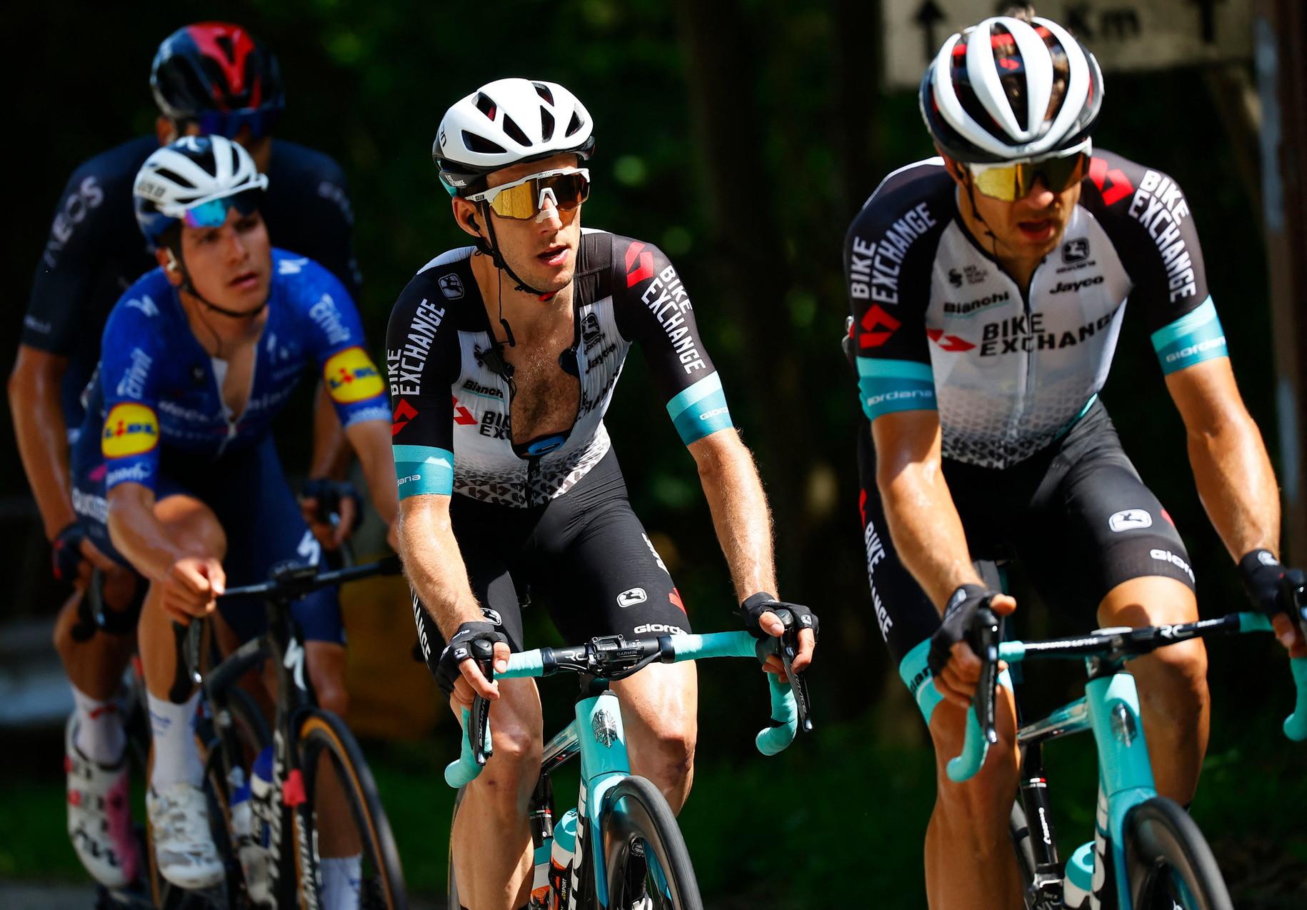 <p>Che feeling con l'Italia per Simon Yates: quarta vittoria al Giro per il britannico, che si aggiunge a quella sul Gran Sasso, Osimo e Sappada 2018.</p>
