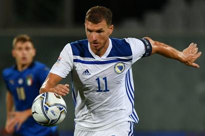Edin Dzeko (la Bosnia non è qualificata)