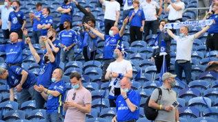 Manchester City-Chelsea, i tifosi riempiono le tribune del Do Dragao