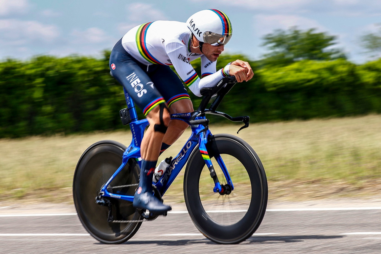Il colombiano Egan Bernal ha vinto la edizione nº 104 del Giro d'Italia. Nell'ultima tappa, una cronometro individuale con partenza da Senago e arrivo in Piazza Duomo a Milano, si è imposto Filippo Ganna.