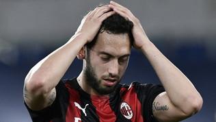 Calhanoglu-Milan, è addio. L'offertona dal Qatar resta quasi l'unica