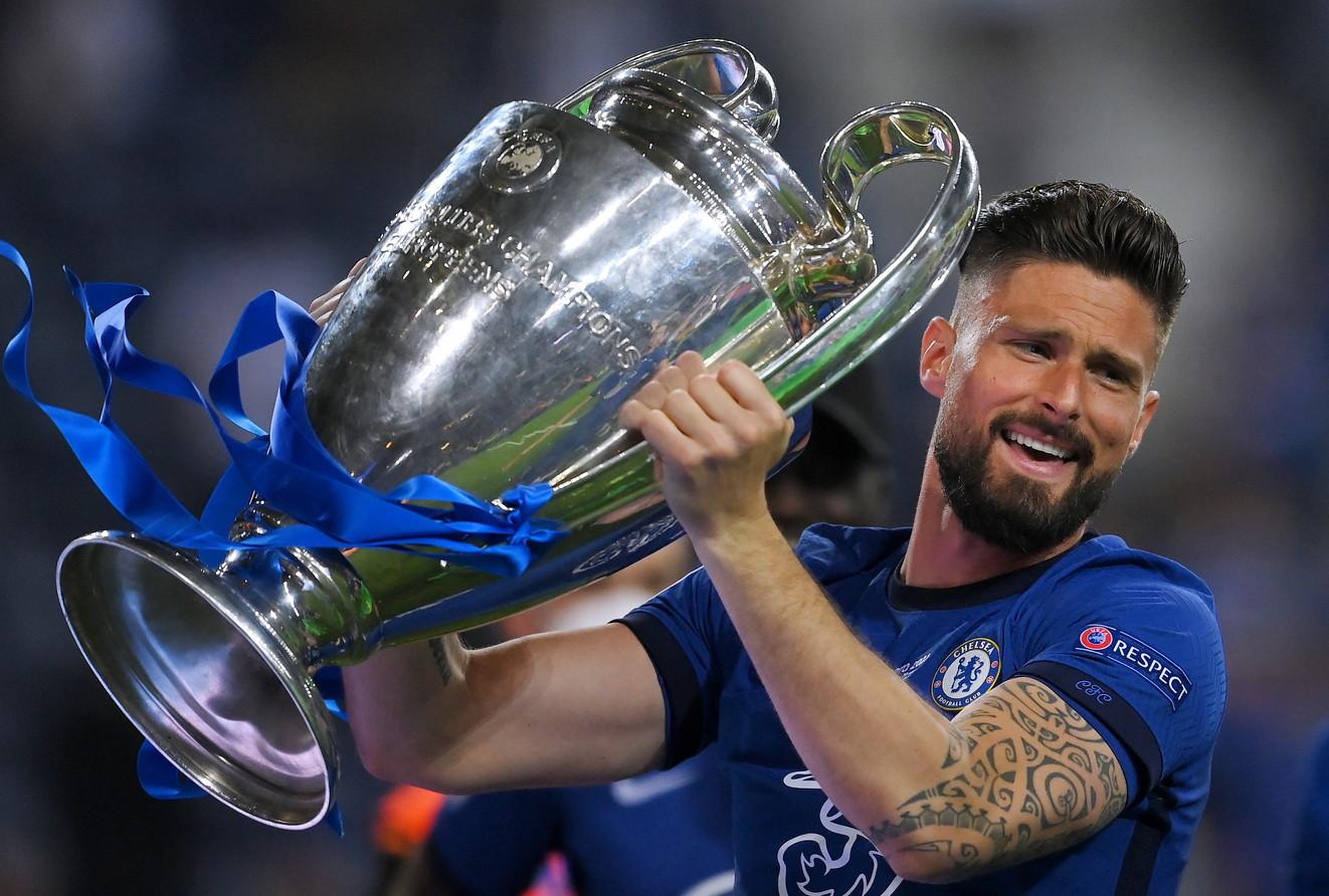 Quasi 1,3 milioni di voti sono stati espressi dai tifosi che hanno scelto la splendida rovesciata di Mehdi Taremi del Porto contro il Chelsea nei quarti di finale come Gol del Torneo della UEFA Champions League 2020/21. Gli Osservatori Tecnici UEFA hanno selezionato i loro primi dieci gol della stagione subito dopo la finale, con quella lista che &egrave;&nbsp;stata poi sottoposta al voto dei tifosi luned&igrave;&nbsp;31 maggio. Taremi ha ricevuto pi&ugrave;&nbsp;di 750.000 voti. Sul podio anche Leo Messi con il gol segnato in Psg-Barcellona 1-1 nel ritorno degli ottavi di finale. Terzo Olivier Giroud per il gol in Atletico-Chelsea 0-1 nell&#39;andata degli ottavi. Nella top ten dei gol pi&ugrave;&nbsp;belli non c&#39;&egrave;&nbsp;nessun giocatore o squadra italiana.&nbsp;<br /><br />
