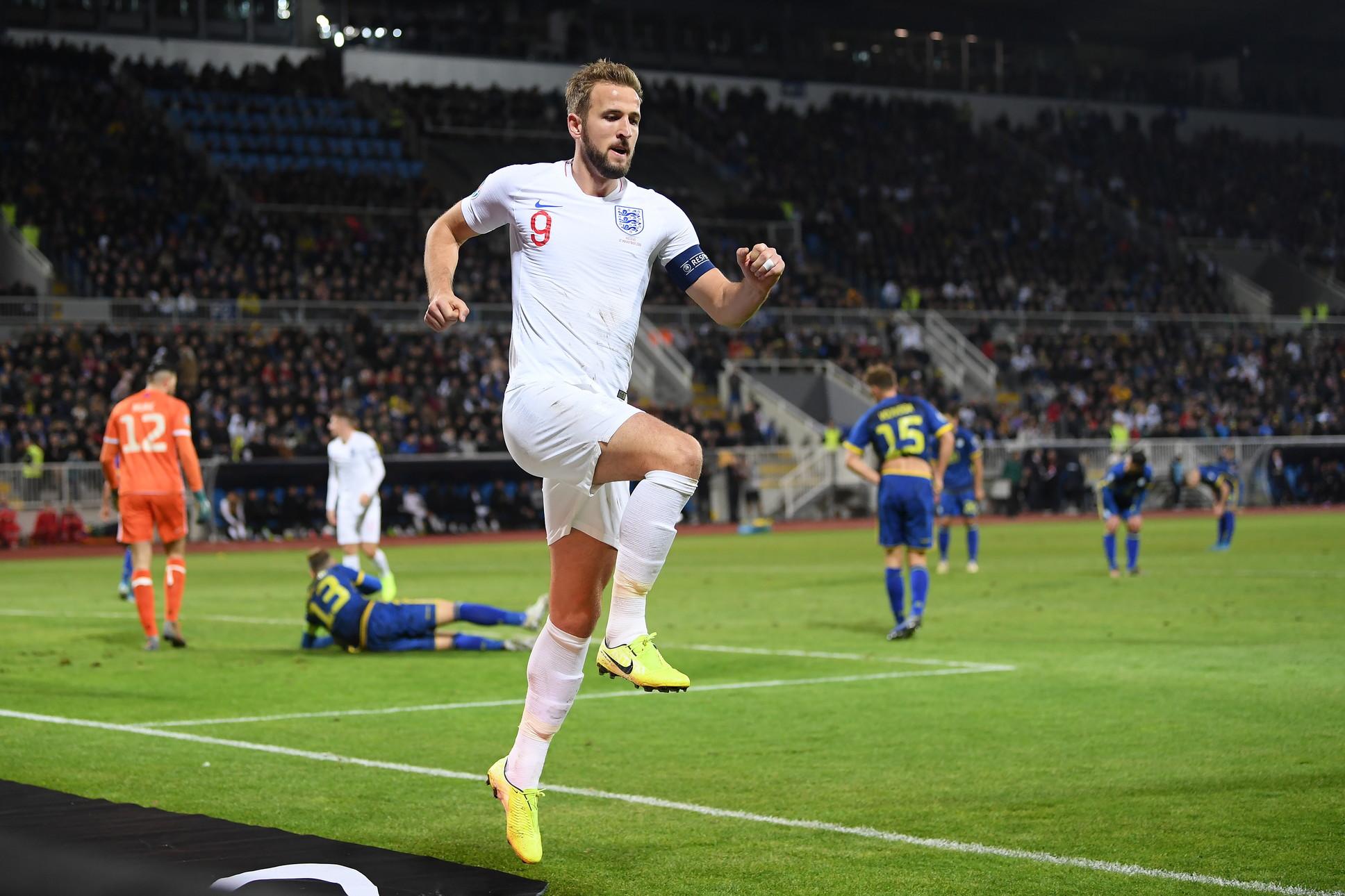2) Kane, Inghilterra/Tottenham: 120 milioni di euro