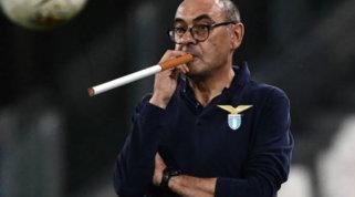 Una sigaretta anticipa l'arrivo di Sarrialla Lazio: social scatenati