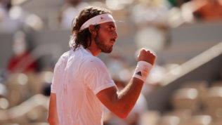 Roland Garros: Djokovic piega Nadal e vola in finale con Tsitsipas
