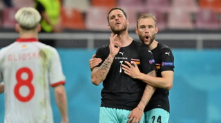 """""""Mi sto f....o tua madre albanese"""": bufera su Arnautovic che poi si scusa"""
