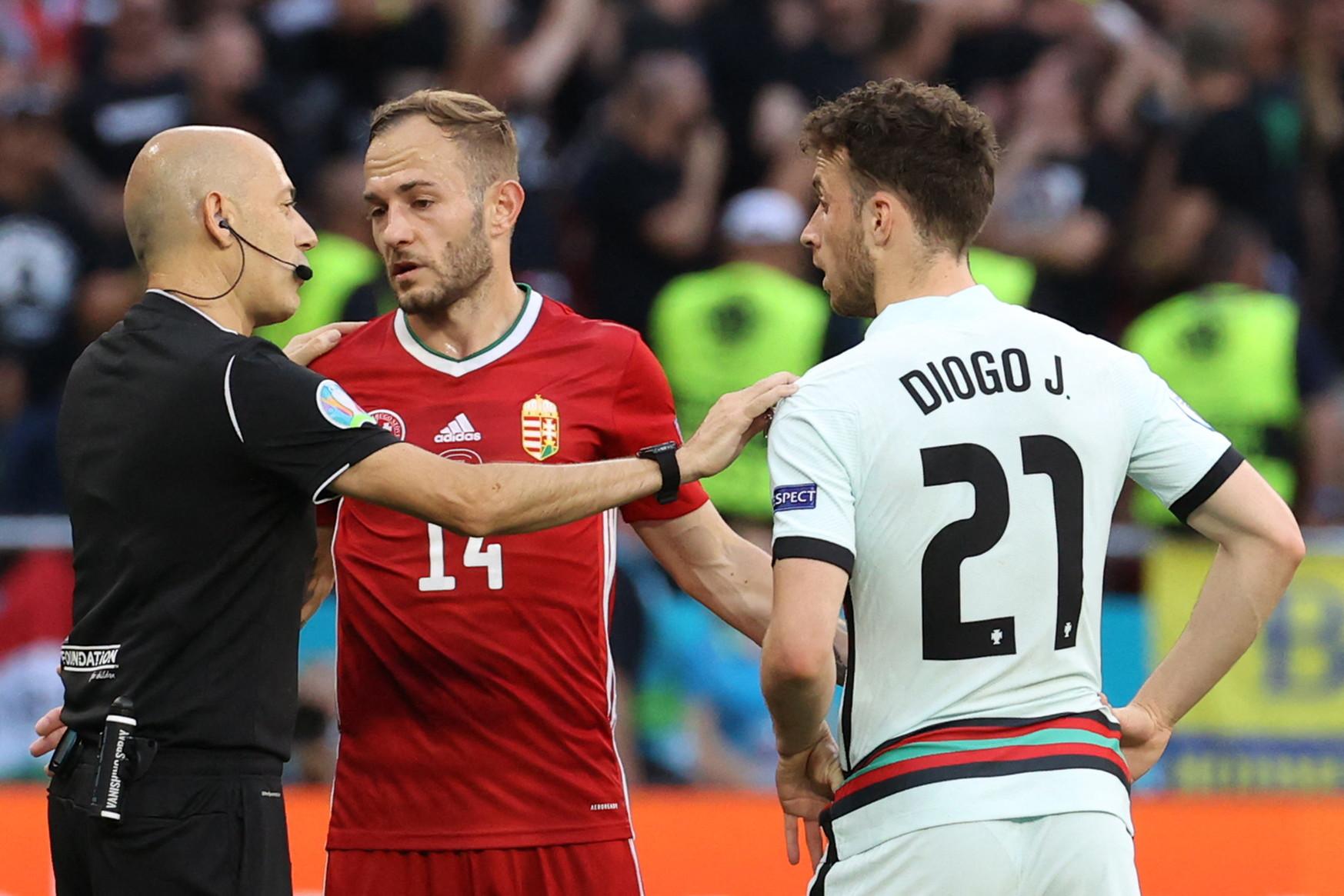 Le immagini dell&#39;esordio della nazionale lusitana di Cristiano Ronaldo contro l&#39;Ungheria di Rossi all&#39;Europeo<br /><br />