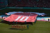 Grande emozione e grande affetto non solo dai tifosi danesi, ma anche dagli avversari<br /><br />