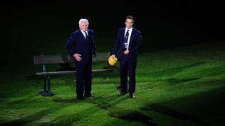 Si è spento a 92 anni Giampiero Boniperti, leggenda della Juve sia da calciatore, sia da presidente.