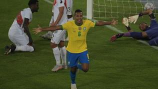 Alex Sandro apre le danze, poi è festa Brasile con Neymar. Pari Colombia