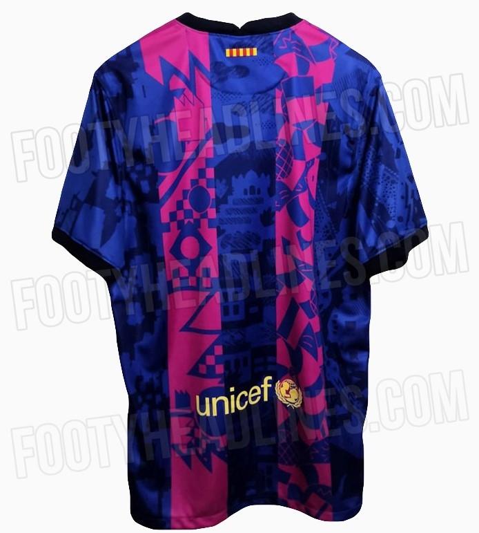 Il retro della maglia speciale che il Barcellona potrebbe indossare in Champions
