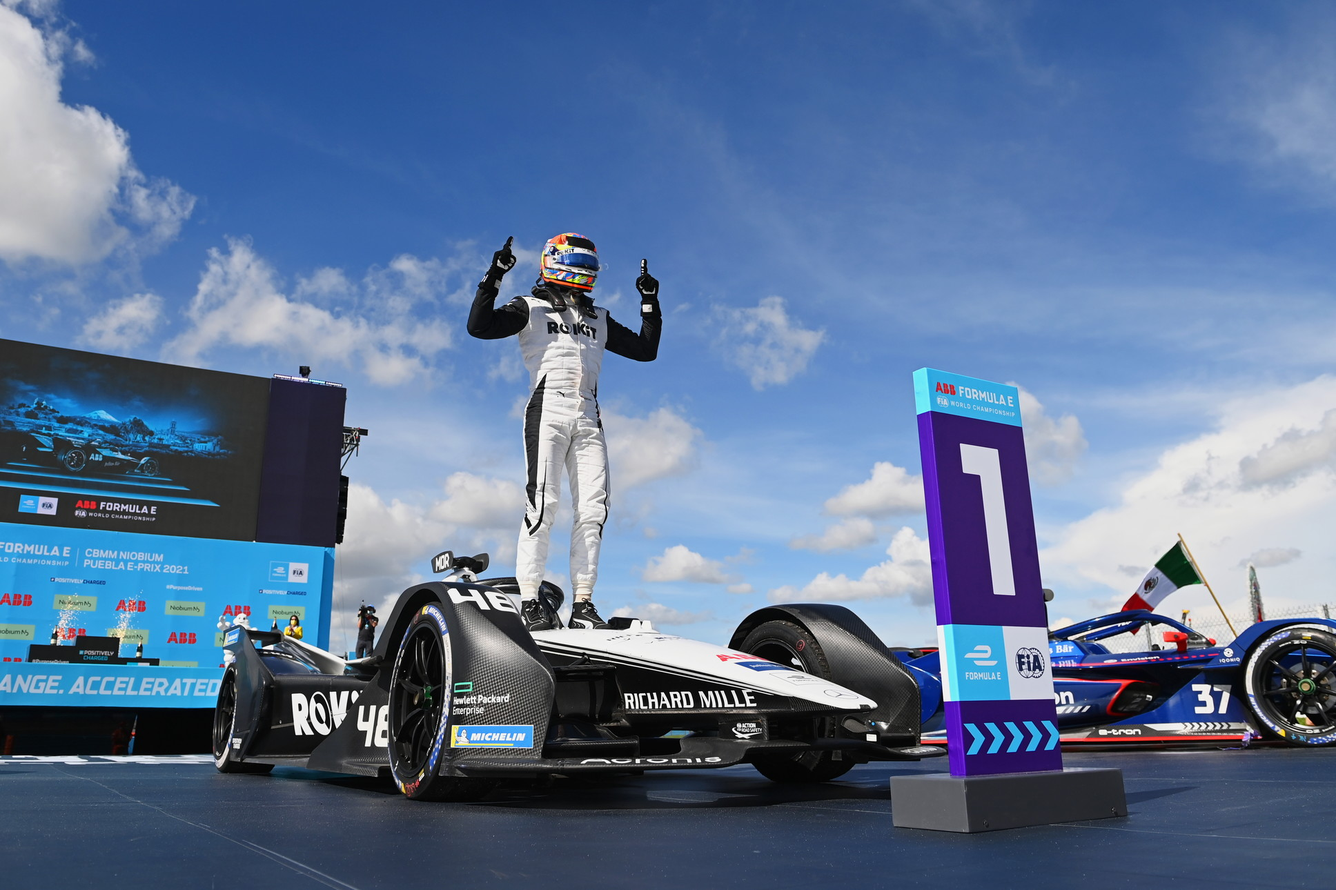 Vittoria per il pilota italo-svizzero davanti a Wehrlein e Nick Cassidy.<br /><br />