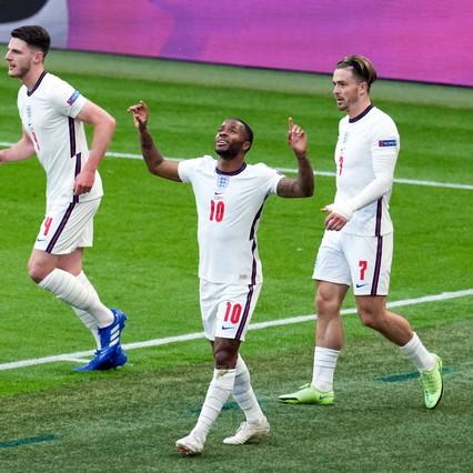Sterling stende la Repubblica Ceca: inglesi primi con ottavi a Wembley