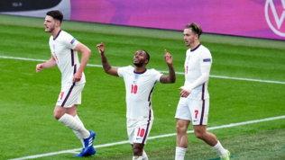 Sterling stende la Repubblica Ceca: inglesi primi e ottavi a Wembley