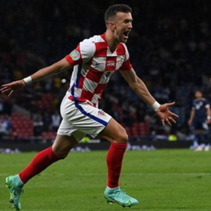 Modric e Perisic in gol, Croazia qualificata come seconda. Scozzesi fuori