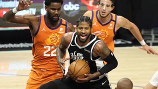 Paul George ferma la serie dei Suns, i Clippers restano in corsa