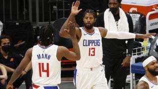 Super Paul George tiene in vita i Clippers, Phoenix ko e serie sul 3-2
