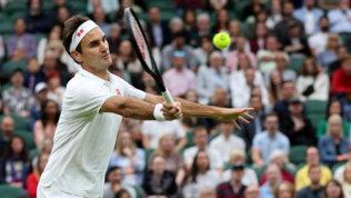 Federer avanti col brivido, Zverev senza problemi. S. Williams si ritira