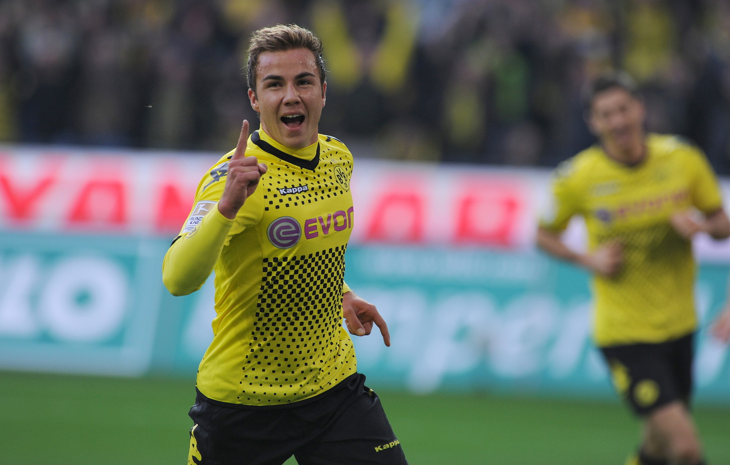 2013, Mario Goetze: cresciuto nelle giovanili, venduto a 37 milioni al Bayern Monaco