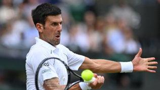 Djokovic non dà scampo a Garin e si prende i quarti a Wimbledon