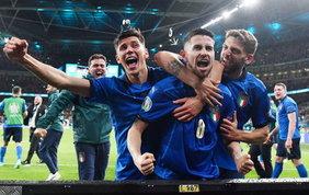 Le mille armi di Mancini: l'Italia può vincere anche... all'italiana