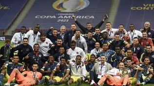 Cuadrado-Diaz, la Colombia batte il Perù al 94' e chiude terza