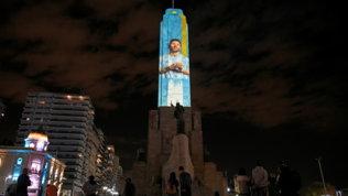Rosario rende omaggio a Messi prima della finale