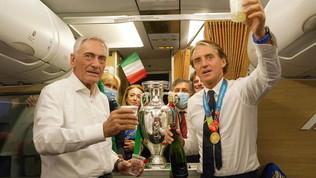 """I genitori di Mancini danno appuntamento in Qatar: """"Ora i Mondiali"""""""