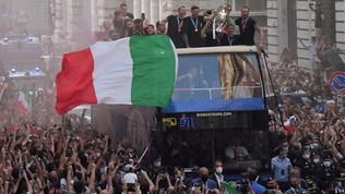 """La sfilata degli Azzurri non era autorizzata: """"Hanno deciso Bonucci e Chiellini"""""""