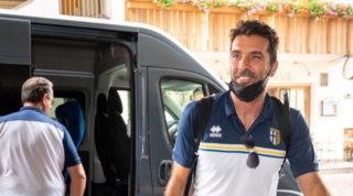 """Parma, Buffon arriva in ritiro: """"Basta chiacchiere, c'è da lavorare"""""""