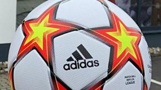 """Champions League, ecco il nuovo pallone: si chiama """"Pyrostorm"""""""