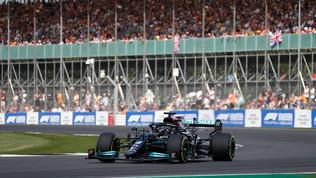 Hamilton nella storia: sua la prima  pole  per la Sprint
