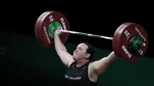 Laurel Hubbard, la prima trans alle Olimpiadi
