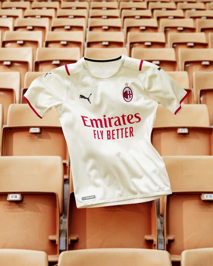 Milan: seconda maglia