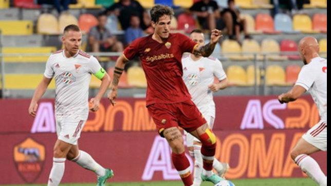 Roma, cinque gol al Debrecen. Mourinho sorride con Zaniolo e Dzeko(doppietta)