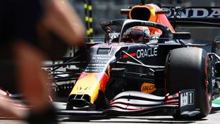 F1, il duello Verstappen-Hamilton riprende