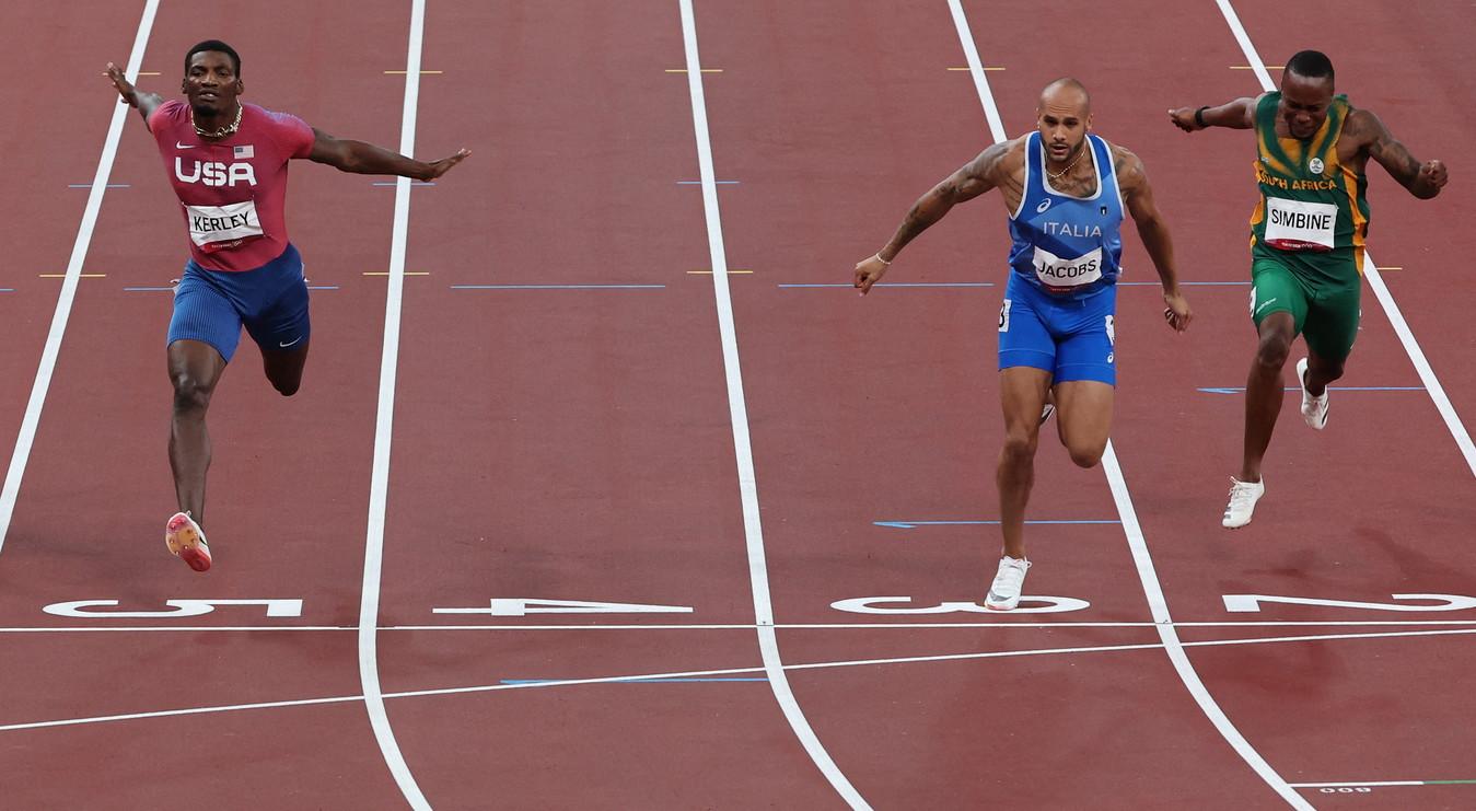 &Egrave;&nbsp;italiano l&#39;uomo piu&#39; veloce del mondo. L&#39;oro vinto da Marcell Jacobs sui 100 metri alle Olimpiadi di Tokyo 2020 in 9&quot;80 entra nel mito dello sport azzurro: mai nessun italiano in 125 anni di Olimpiadi aveva neanche partecipato alla finale dei 100.<br /><br />
