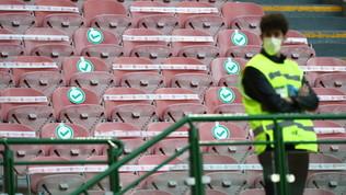 Tifosi allo stadio, ok Governo al 50% della capienza a scacchiera