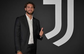 """Juve, Locatelli è ufficialmente bianconero: """"Un sogno che si realizza"""""""
