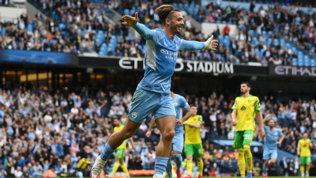 Grealish   gol, il City   cala la manita | Liverpool a punteggio pieno