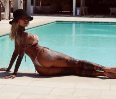Zoe Cristofoli, fidanzata di Theo Hernandez, su Instagram rimpiange i giorni passati al mare: &quot;C&rsquo;era un volta in Puglia&hellip;&nbsp;prima che le vacanze finissero per davvero. Quanto &egrave; bella la Puglia quantooo? Tutta l&rsquo;Italia!&quot;.<br /><br />