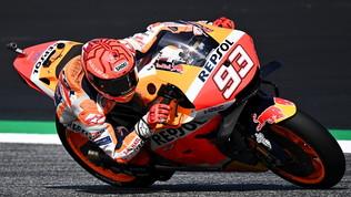 Marquez da brivido: miglior tempo in FP1 e Honda distrutta