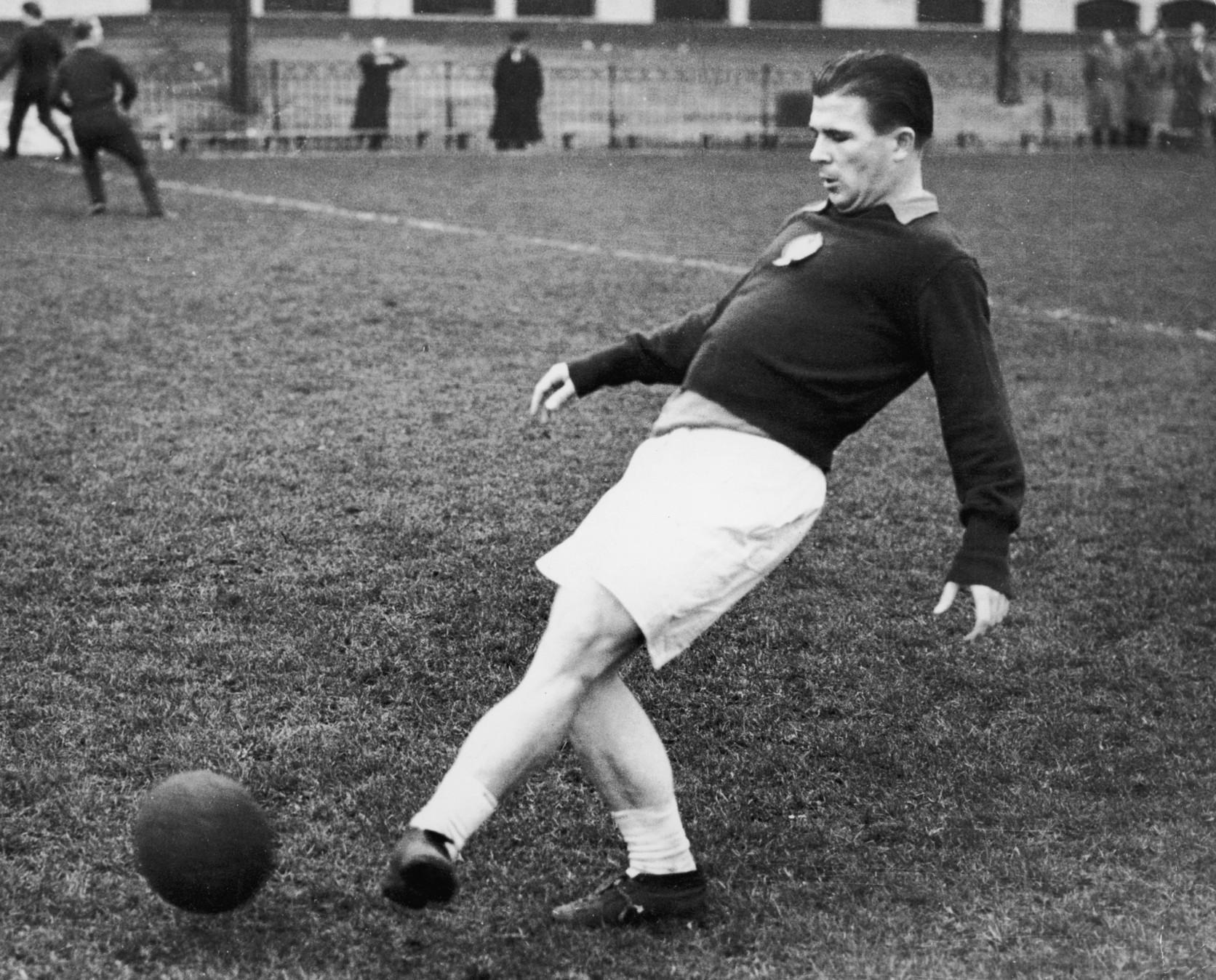 3) Ferenc Puskas (Ungheria): 84 gol